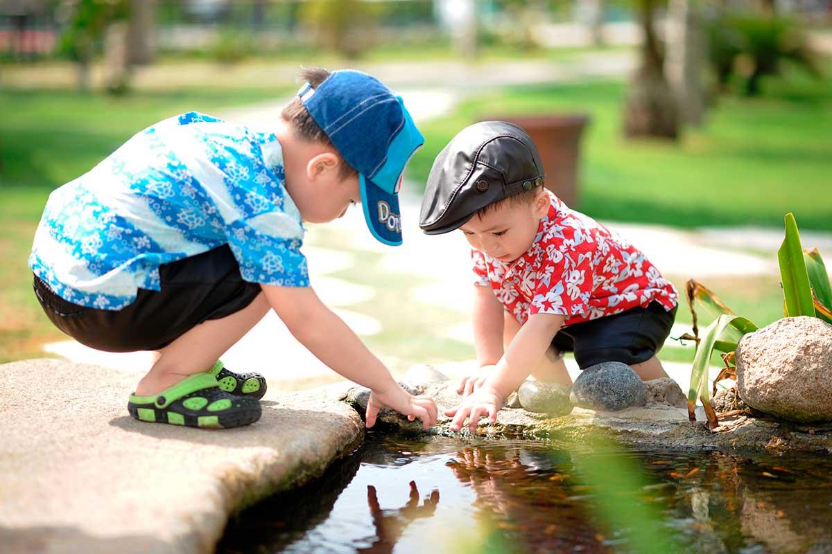 como economizar água com crianças