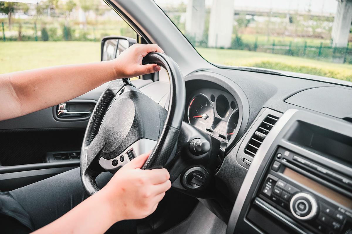 dirigir com postura
