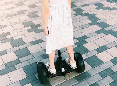 como andar de hoverboard