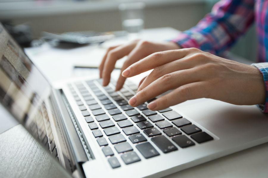 como limpar teclado por dentro